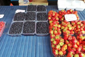 étal de fruits au marché