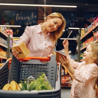 famille en courses